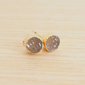 Grey Quartz Druzy Round Druzy Golden Stud Earrings Druzy Stud Earrings Round Drusy Earrings Agate Druzy Stud