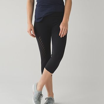 enlighten crop | women's yoga crops | lululemon athletica