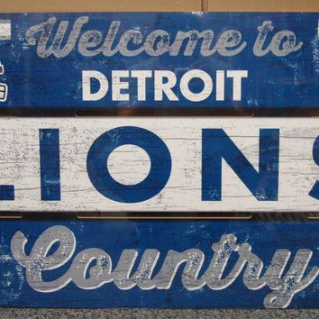 """DETROIT LIONS WELCOME TO LIONS COUNTRY WOOD SIGN 19""""X30'' NEW WINCRAFT"""