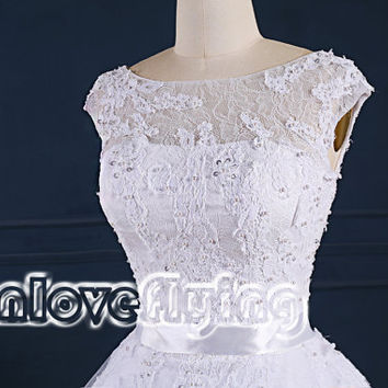 elegant white a-line lace wedding dresses gowns chapel train,simple puffy white lace wedding dress,gorgeous new style lace bridal gowns