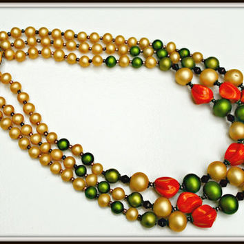 Vintage triple strand of dark cream green and coral bead necklace