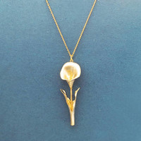 Romantic, Lily, Gold, Necklace, Modern, Lovely, Flower, Necklace, Birthday, Best friends, Mom, Sister, Gift, Jewelry