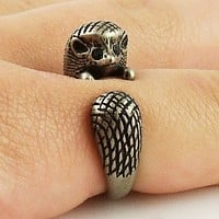Animal Wrap Ring - Hedgehog - White Bronze - Adjustable Ring