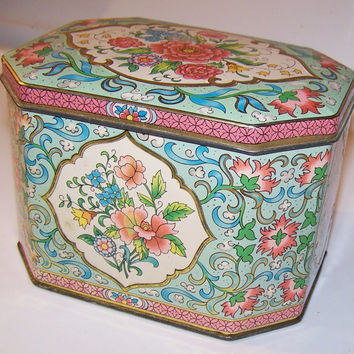 Vintage Avon Collector Tin, Pink floral Design, Designed by Daner New York, Made in England