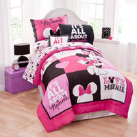 Disney® Minnie Mouse Twin Comforter Set