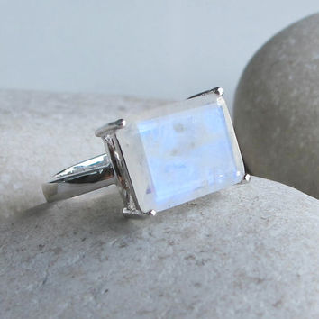 Rainbow Moonstone Ring- Rectangle Moonstone Ring- Promise Ring- Gemstone Ring- June Birthstone Ring- Statement Ring- Engagement Ring