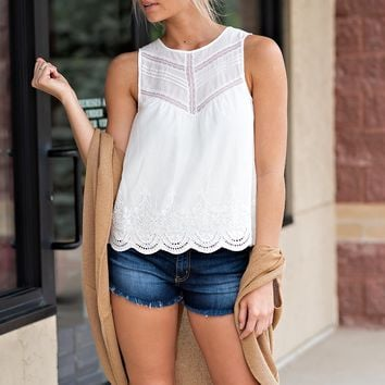 Pull Me In Sleeveless Eyelet Lace Top : Ivory
