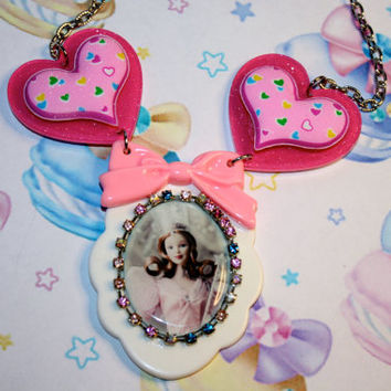 Glinda the Good witch Pink and prettty necklace Wizard of OZ lovers Kawaii Girly Statement necklace