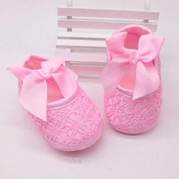Baby Cutesy Bow Shoes