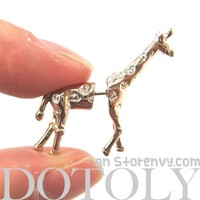 3D Fake Gauge Realistic Giraffe Animal Stud Earrings in SHINY Gold