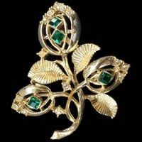 large Rhinestone Brooch Green Princess Cut Stones Floral Gold Tone