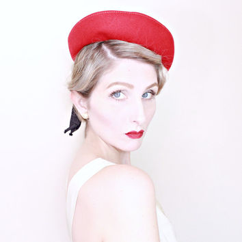 1930s Vintage Hat / Vintage red hat / Vintage 30s hat / Nautical / Ribbons / Breton / Felt wool