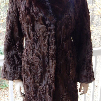 Persian Lamb Coat, 1940s Fur Coat, Brown Lamb Coat, Broadtail Lamb, Karakul Fur Coat, Astrakhan Fur, Woman's Fur Coat, Mink Collar