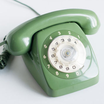 Vintage green rotary phone - Retro phone - Old rotary telephone - STC Telecom Dial phone