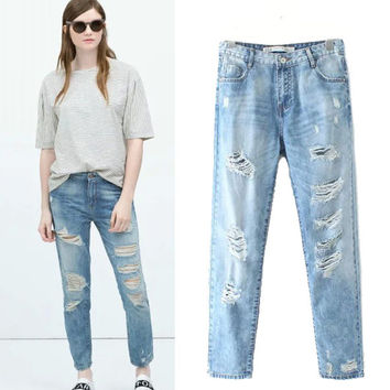 2015 Women's Light Blue Straight Bleached Boyfriend hole jeans pants Washed frayed Girls Denim trousers Capris Pantalones
