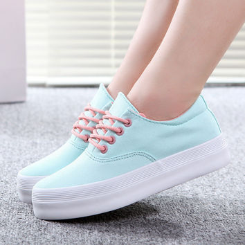 ce6fefde64ff Trifle Canvas shoes woman women sneakers sport shoes wedge sneakers floral  printed Simple and stylish Platform