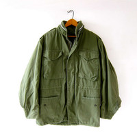 Vintage 70s USA Army Coat. Green Parka Jacket. Grunge Punk. Distressed. Heavy Duty Coat.