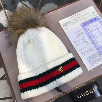 GUCCI Fashion Bee Embroidery Beanies Knit Winter Hat Cap6
