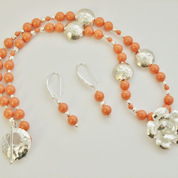 Silver Hammered Rose Pendant and Lentil Beads with Swarovski Coral Pearls Necklace and Earrings