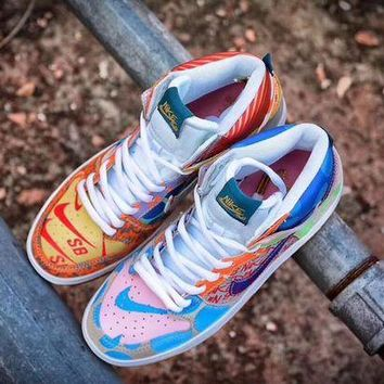 "DCCKIG3 NIKE Dunk SB High""What The� 918321-381"