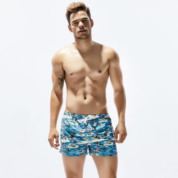 Men's new  sport shorts pants summer hot handsome boy quick dry popular colorful print sexy swimming beach short Surfing pant