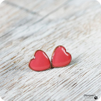 Post earrings Coral hearts by Dariami on Etsy