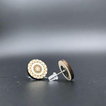 free shipping  Sunflower wood stud  earring , small round disc studs with posts for women  ST-016