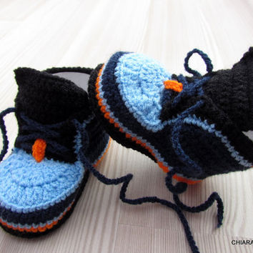 Crocheted baby booties, Baby sneakers, baby booties, baby shoes, hand-knit booties, baby slippers,baby shoes, knitted baby booties,baby gift