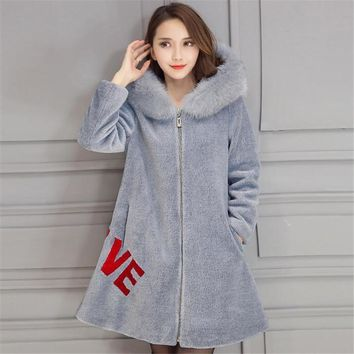 2017 New Autumn Winter Warm Thicken Women Wool Hooded Fur Coat Long Loose Casual Hooded Embroidery  Coat Outwear   A3779