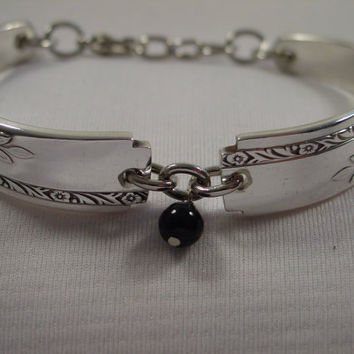 A Grenoble Pattern Spoon Handle Bracelet With Black Bead Handmade Antique Silverware Jewelry b99
