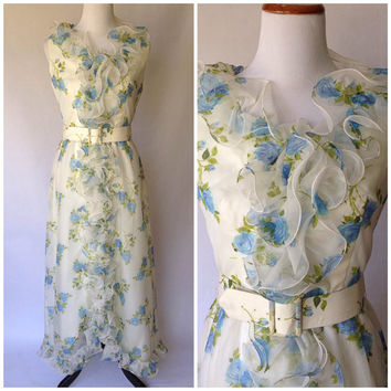 1970s Dress | 1970s Floral Dress | 1970s Gown  | Floral Dress | Medium Dress | 1970s White Dress | Vintage Floral