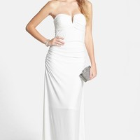 Junior Women's Hailey Logan 'Morgan' Strapless Gown