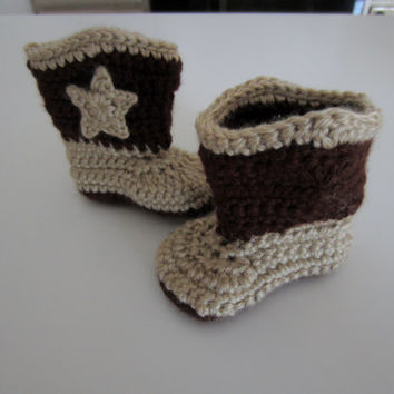 Crochet baby cowboy boots with stars. Infant cowboy boots, cowboy booties, baby cowgirl boots, custom colors, cowgirl booties