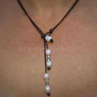 Leather pearl necklace - pearl leather - leather and pearl jewelry - white pearl necklace - pearl leather cord necklace