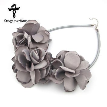 Handmade Green Grey Pink Fabric Flower Choker Necklace Fashion Indian Jewelry New 2018 Pendant Girl Woman Accessories Gift