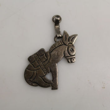 Vintage 925 Sterling Silver Sitting Burro Horse Charm Necklace Pendant