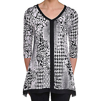 Peter Nygard Petite Printed Sharkbite Tunic - Black/White Text