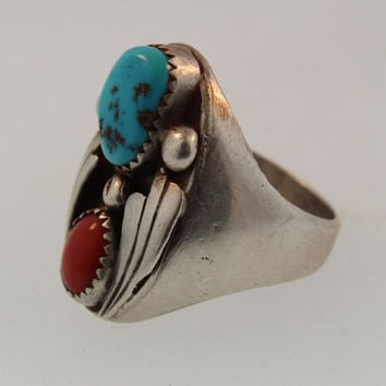 b170905c435179 Vintage Native American Men's Sterling Silver Ring with Turquois