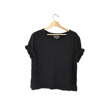 vintage boxy black blouse. black rayon tshirt. cropped minimalist top. loose fit tee shirt. modern minimal.