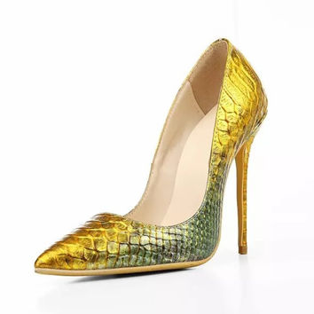 2017 Sexy Shoes Woman Gold Python Snake Pattern Leather Brand Design Pointed Toe Stiletto Heels Office Lady Dress Party Shoes