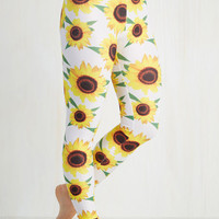 90s Skinny Fresh Take Leggings in Sunflowers
