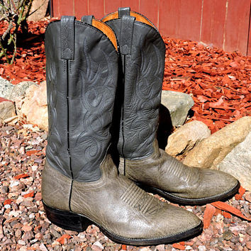 Vintage J Chisholm boots / size 9.5 D / mens gray leather cowboy boots /  western boots / handcrafted USA / GravelStreetVintage