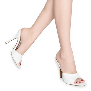 Pinup Girl Exclusive Mule Heel in White