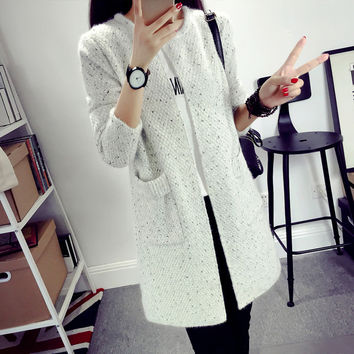 New Autumn Spring 2017 Women Sweater Cardigans Casual Warm Long Design Female Knitted Sweater Coat Printed Cardigan Sweater Lady