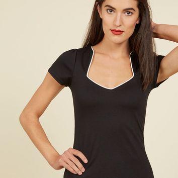 Ooh La La Lady Top in Ink | Mod Retro Vintage Short Sleeve Shirts | ModCloth.com