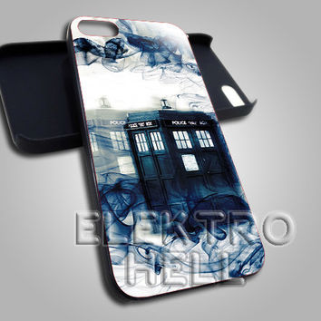 Tardis Doctor Who Smoke - iPhone 4/4s/5 Case - Samsung Galaxy S3/S4 Case - Black or White