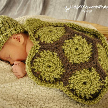 Tiny Turtle Baby Hat and Cape, Gorgeous Green Crochet Photo Prop