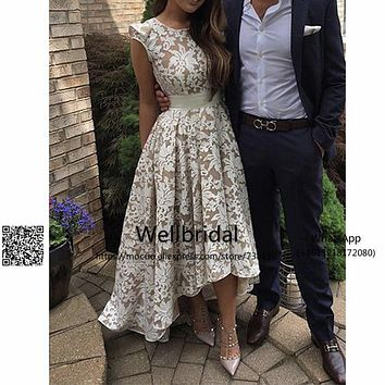 2017 Hi Lo Gown Bridesmaid Dress with Lace Appliques Wedding Party Dress Lace Cap Sleeves Zipper Prom Bridesmaid Dresses