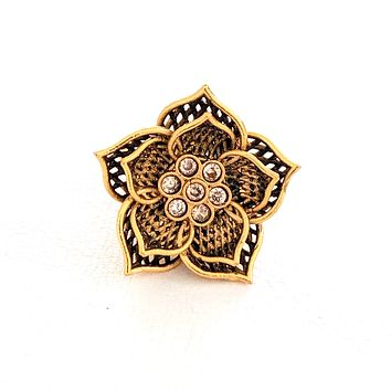 Dual flower linked matte gold finish adjustable Finger ring