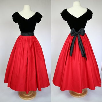 1980's Ralph Lauren red silk dress black velvet bodice and silk sash floor length ball gown fit and flare 1980's does 1950's Size small US 6